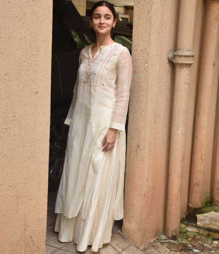 Alia Bhatt, Alia Bhatt ethnic fashion, Alia Bhatt fashion, Alia Bhatt movies