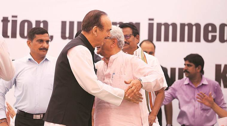 Opposition unites to seek release of J&K leaders, divided on Article 370