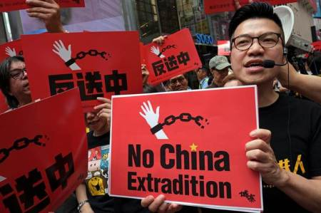 joshua wong, hong kong protests, hong kong protests banned, joshua wong arrested, joshua wong released, joshua wong hong kong protests, hong kong extradition bill protests, world news, Indian Express