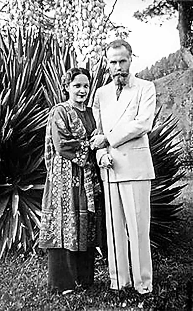 Why Actor-Producer Devika Rani Was Truly The First Lady Of Indian Cinema  Eye News -4470