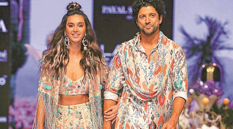 lakme fashion week, lakme fashion week 2019, lakme fashion week mumbai, fashion designers, st regis mumbai, farhan akhtar, shibani dandekar, amit aggarwal, payal singhal, bollywood, sonal verma, lisa haydon, indian express news