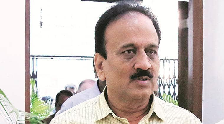 Maharashtra: Girish Mahajan stresses on water conservation