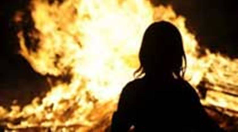UP: Girl set ablaze by neighbour, condition critical, say police