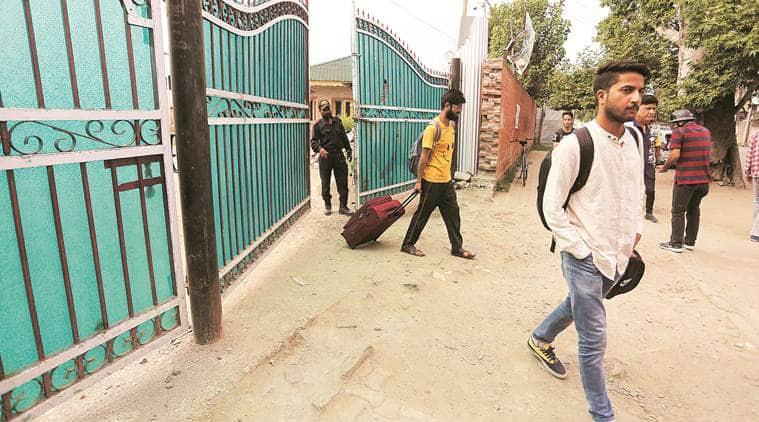 Jammu and Kashmir government, Satya Pal Malik, J&K governor, tourists in J&K, India news, Indian express