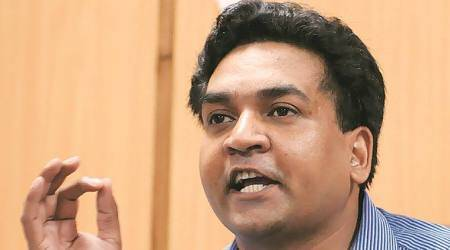 FIR against Kapil Mishra for 'Ind vs Pak', Shaheen Bagh poll tweets