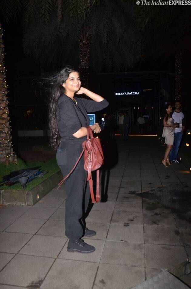 rhea kapoor at reena marwah birthday