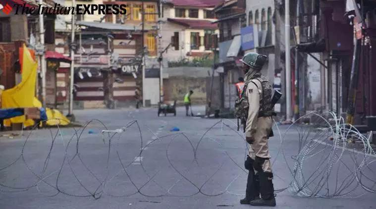 Kashmir lockdown, Jammu Kashmir, Article 370 Kashmir, Kashmir lockdown, Jammu Kashmir curfew, Communication Jammu Kashmir, Indian Express
