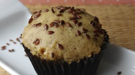 flaxseeds, millet muffin, how to make millet muffins, what to pack for lunch for children, tiffin recipes, healthy tiffins, indianexpress.com, indianexpress, Shalini Rajani, Crazy Kadchi, superfoods,