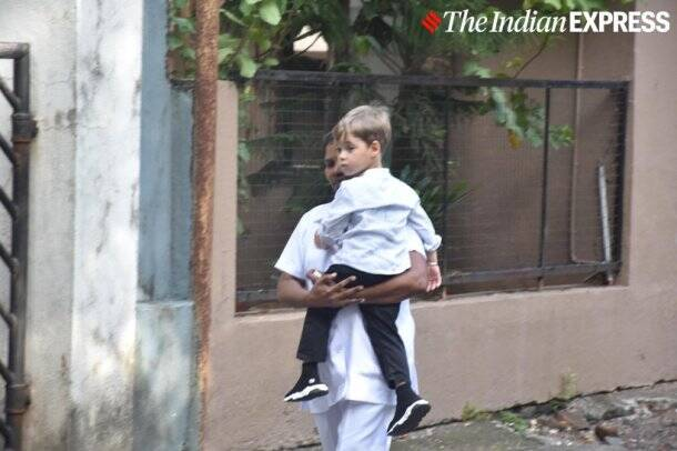 karan johar kids yash, roohi photos
