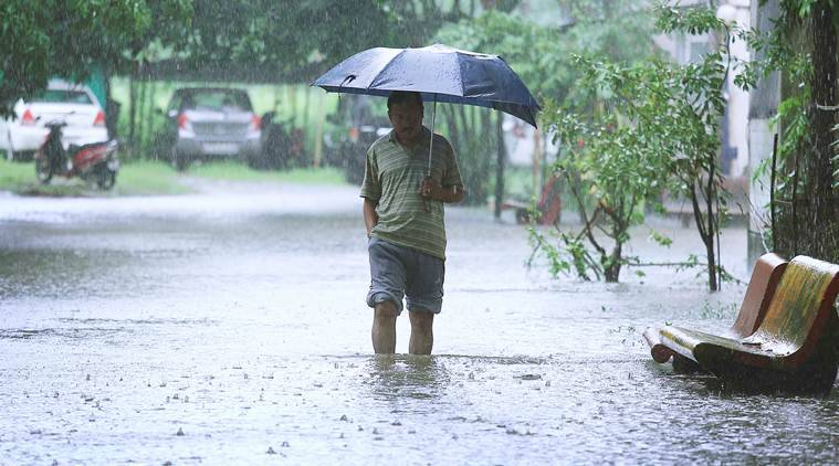 Weather Today HIGHLIGHTS: IMD predicts heavy rainfall in ...