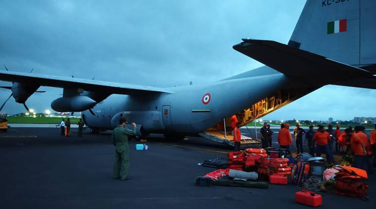 NDRF personnel before being airlifted form Pune for Gujarat (Source: NDRF)
