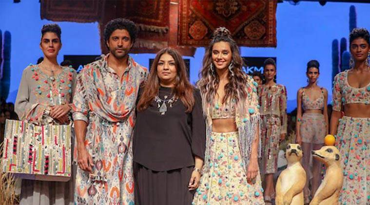 lakme fashion week, lame fashion week, farhan akhtar, shibani dandekar, farhan akhtar, payal singhal, indian express, indian express news