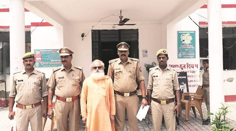 Shesh Narain Shastri, unnao priest booked for murder, Majra village of Unnao, up news, uttar pradesh, india news, indian express