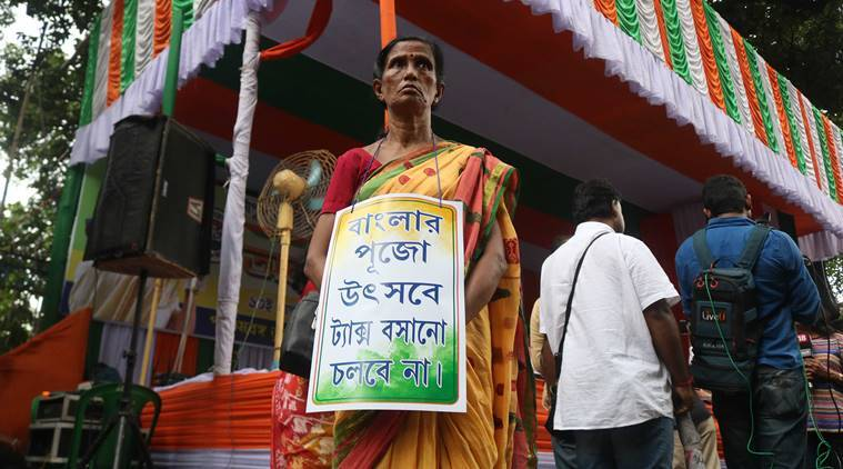 tmc protest, tmc dharna, tmc income tax notices, IT notices to Durga Puja committees, durga pooja committees protest, bengal tmc protest, indian express