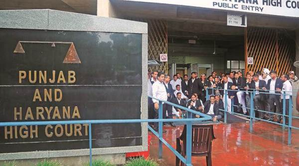 Slapped by CBI officer, booked in bribery case: Punjab and Haryana HC junks CBI plea challenging cop's acquittal