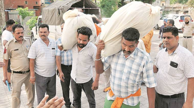 punjab drug menace doorstep delivery of drugs