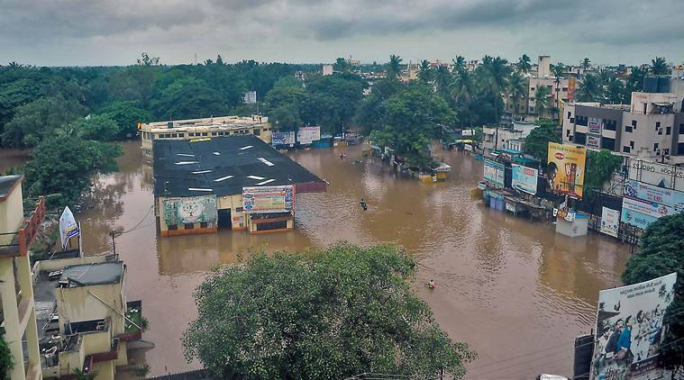 Mumbai rains, Mumbai monsoon, Mumbai floods, Sangli floods, Kolhapur floods, Maharashtra floods, Maharashtra rains, Devendra Fadnavis, Chief Minister Devendra Fadnavis, India news, Indian Express