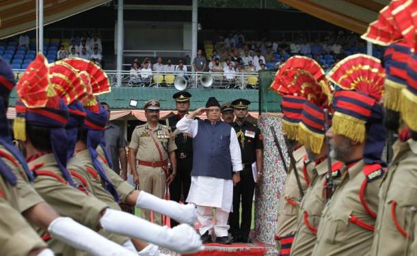 jammu and kashmir, independence day 2019, independence day in jammu and kashmir, independence day in kashmir, flag hoisting in kashmir, article 370