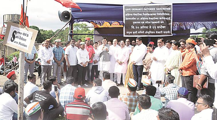 factory workers strike, ordnance factory workers, ordanance factory workers strike, maharashtra, trade unions, indian express news