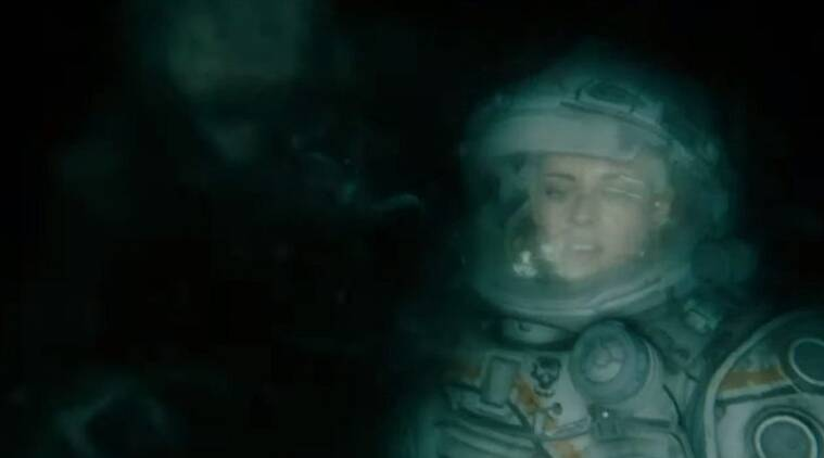 Kristen Stewart is hunted by a sea creature in Underwater trailer