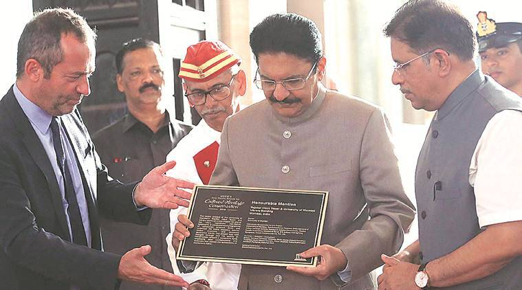 Mumbai University accepts UNESCO award for cultural heritage conservation
