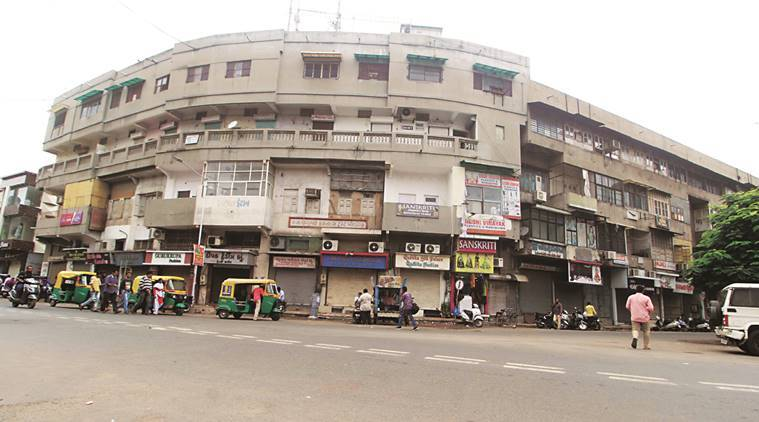 Textile traders observe bandh to protest assault on businessman in Ahmedabad