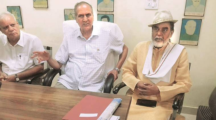 bhagat singh, bhagat singh birthday, bhagat singh tribute, player honoured, martyrs honoured, chandigarh news, indian express