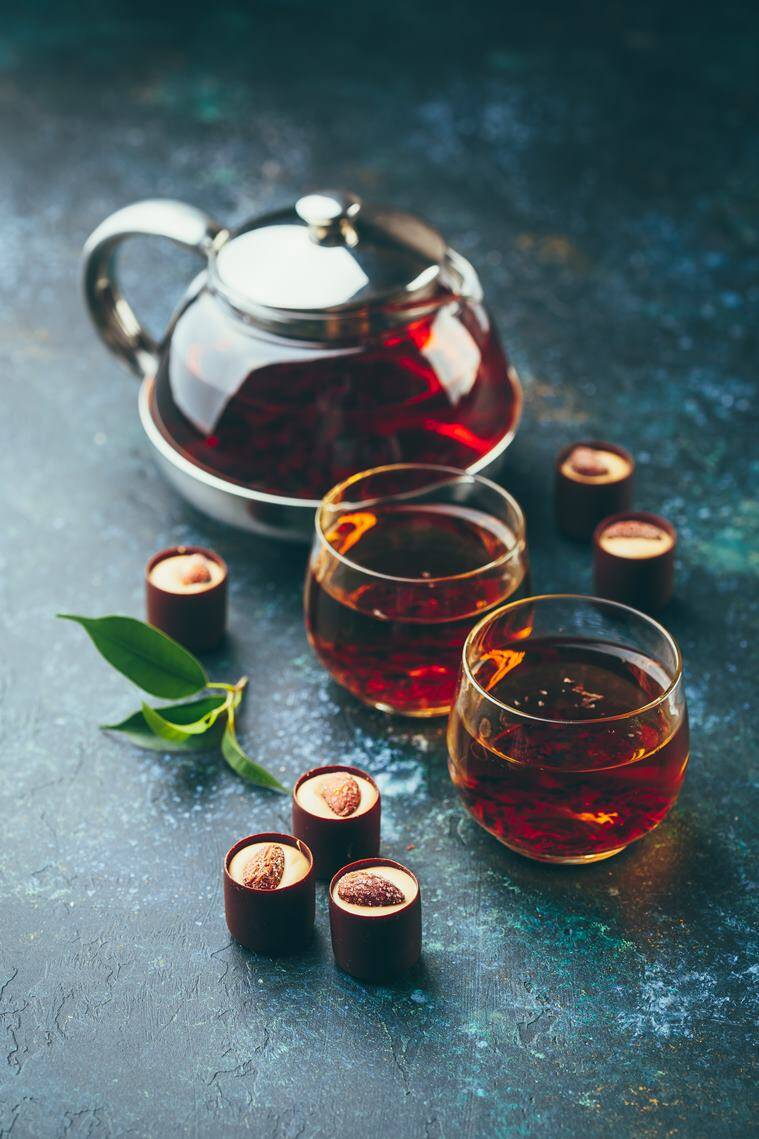 drinking tea beenfits, positive contribution of tea drinking, cognitive decline, adults, alzheimers, brain functioning, indianexpress.com, indianexpress, tea drinkers, tea drinking habit, green tea, oolong tea, black tea benefits,