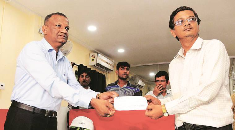 Bowbazar house collapse: KMRCL hands over Rs 5 lakh each to 19 affected families