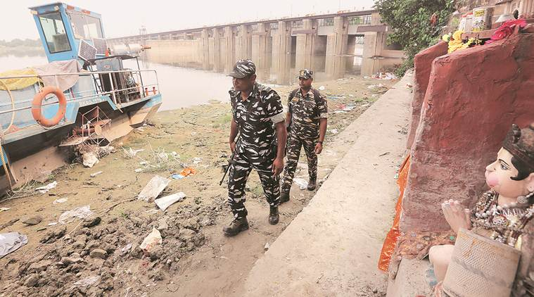 New job for CRPF men: Stopping idol immersion at Yamuna in Delhi