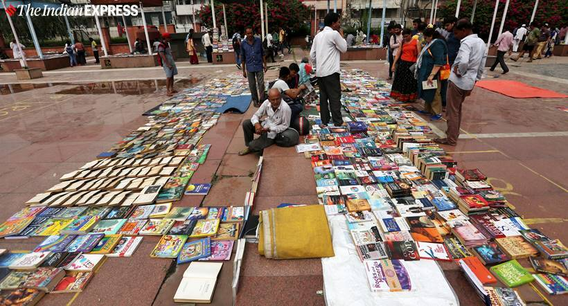 delhi book market, delhi book market closes, delhi daryaganj book market, mahila haat, delhi daryaganj book market closed down, daryaganj book market, daryaganj book market closed down, delhi news, indian express