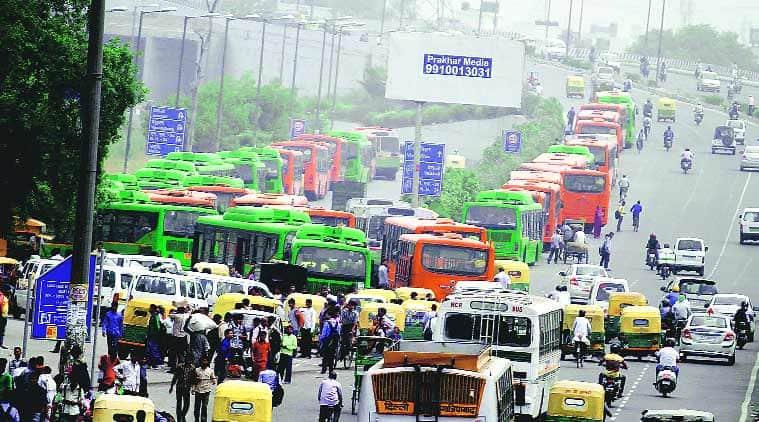 motor vehicle act, challans in delhi noida, bus driver gets challan in noida, delhi city news, noida city news
