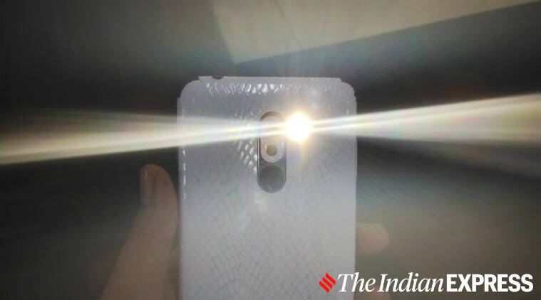 flashlight, flashlight app, flashlight apk permission, flashlight permissions, flashlight app permission, google play store