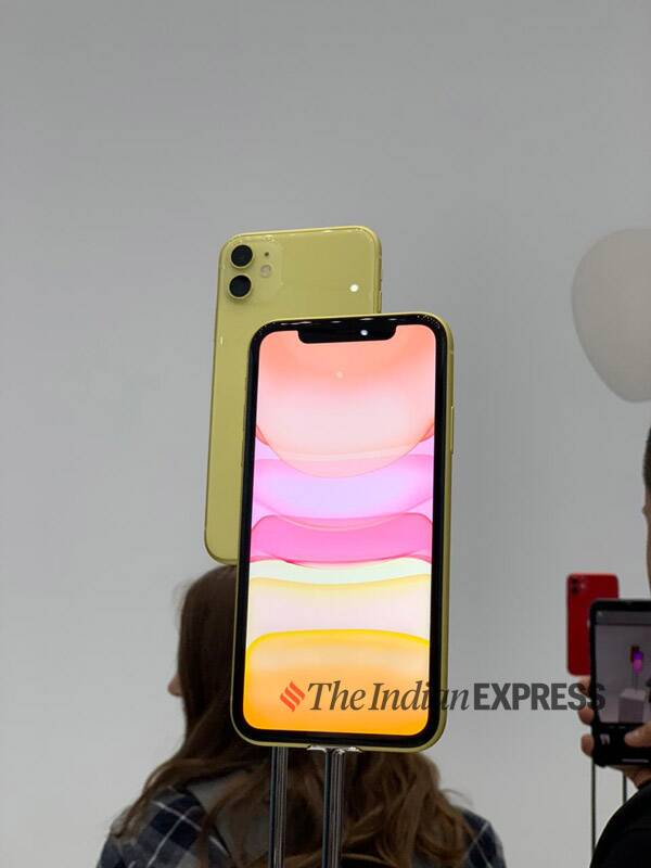 Apple, iPhone 11, iPhone 11 vs iPhone XR, iPhone 11 price in India, iPhone XR price in India, iPhone XR price cut in India, iPhone 11 camera review