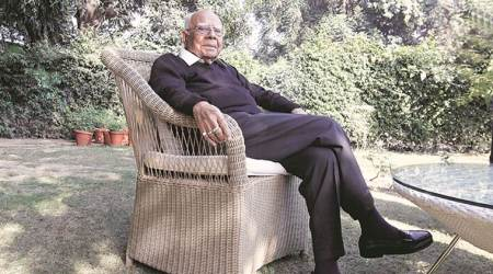 ram jethmalani, ram jethmalani dead, ram jethmalani death, ram jethmalani death news, ram jethmalani age, ram jethmalani fees, ram jethmalani passes away, ram jethmalani age, lawyer ram jethmalan, lawyer ram jethmalani latest news indian express