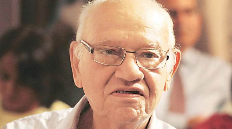Julio Ribeiro praises Gadkari for steep traffic violation fines