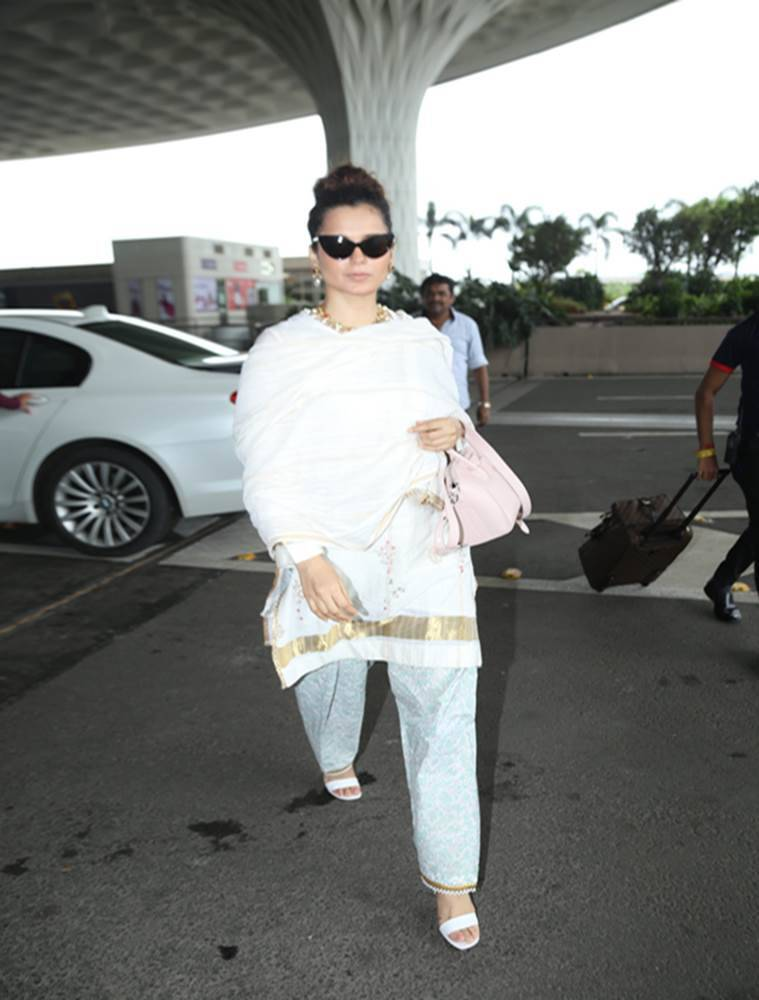 kangana ranaut, airport look, indian express, indian express news