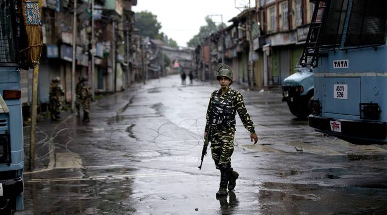 SC seeks response from J&K on plea challenging detention of five persons