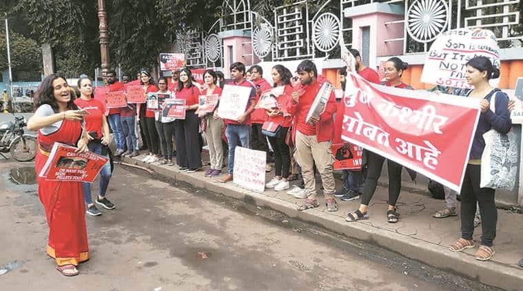 Activists protest over J&K, shout 'azadi' slogans in Pune
