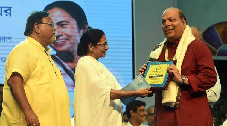 Need your support to thwart attempt to change our history: Mamata Banerjee to teachers