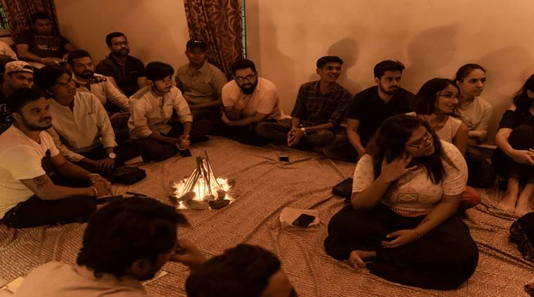poetry, mehfil, poetry session, hindi diwas, indian express, indian express news