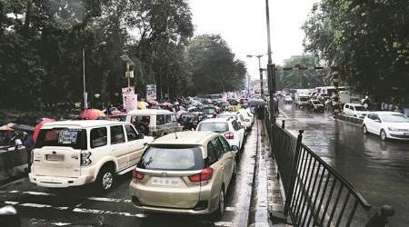 In a year, Mumbaikars spend 11 days in traffic over their commute time: Uber data