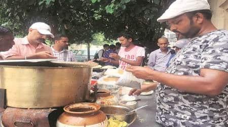 old delhi, old delhi stall, old delhi food stall, eye 2019, sunday 2019, indian express, indian express news