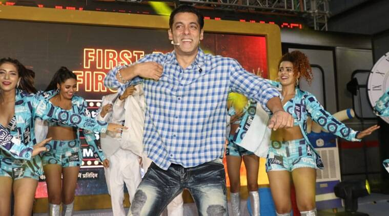 Bigg Boss 13 | Salman Khan arrives in metro at launch, reveals finale twist