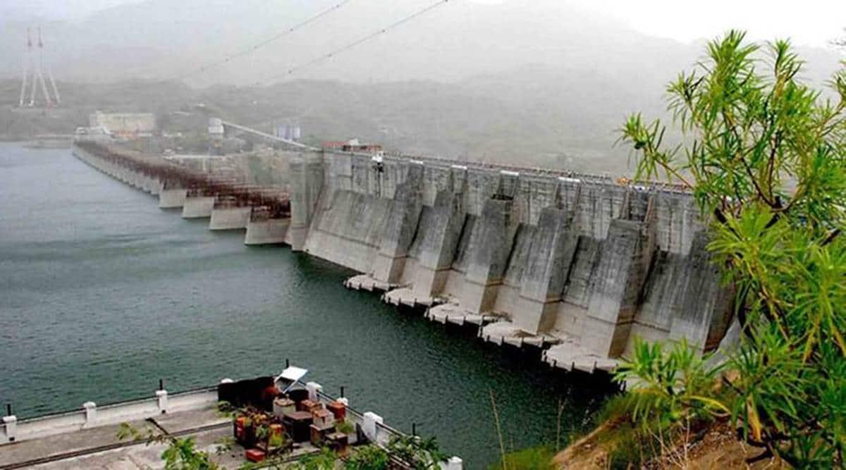 Narmada dam level rises, Sardar Sarovar Narmada Dam, Gujarat rainfall, Narmada Sardar Sarovar Dam closed, gujarat floods, gujarat news