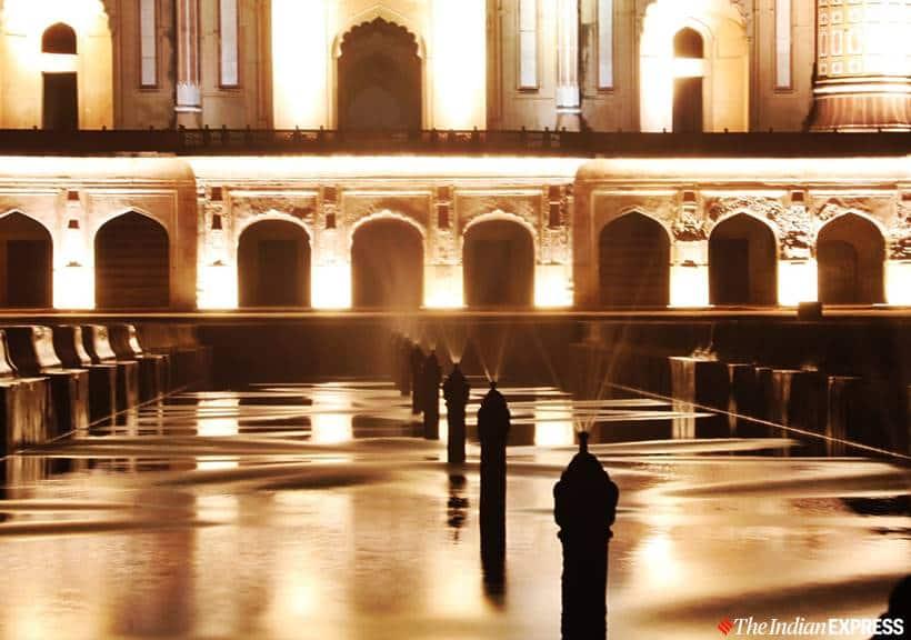 Safdarjung Tomb, safdarjung tomb lights up, safdarjung tomb fountain, safdarjung tomb lit up photos, Safdarjung Tomb Delhi, Delhi Safdarjung Tomb, Safdarjung Tomb timings, Safdarjung Tomb ASI, Delhi, Delhi news, indian express