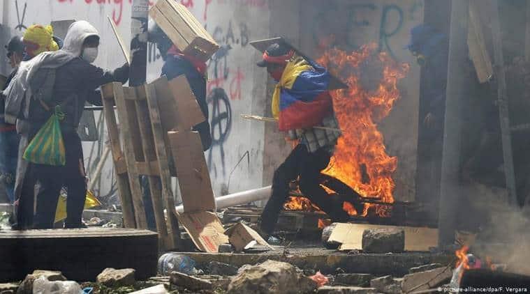 Ecuador president declares curfew and militarization in quito