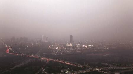smog, air pollution, how to protect yourself, light exercises, air quality index, delhi pollution, delhi smog, hazy weather, winter pollution, post diwali pollution, delhi ncr pollution, indianexpress.com, indianexpress,