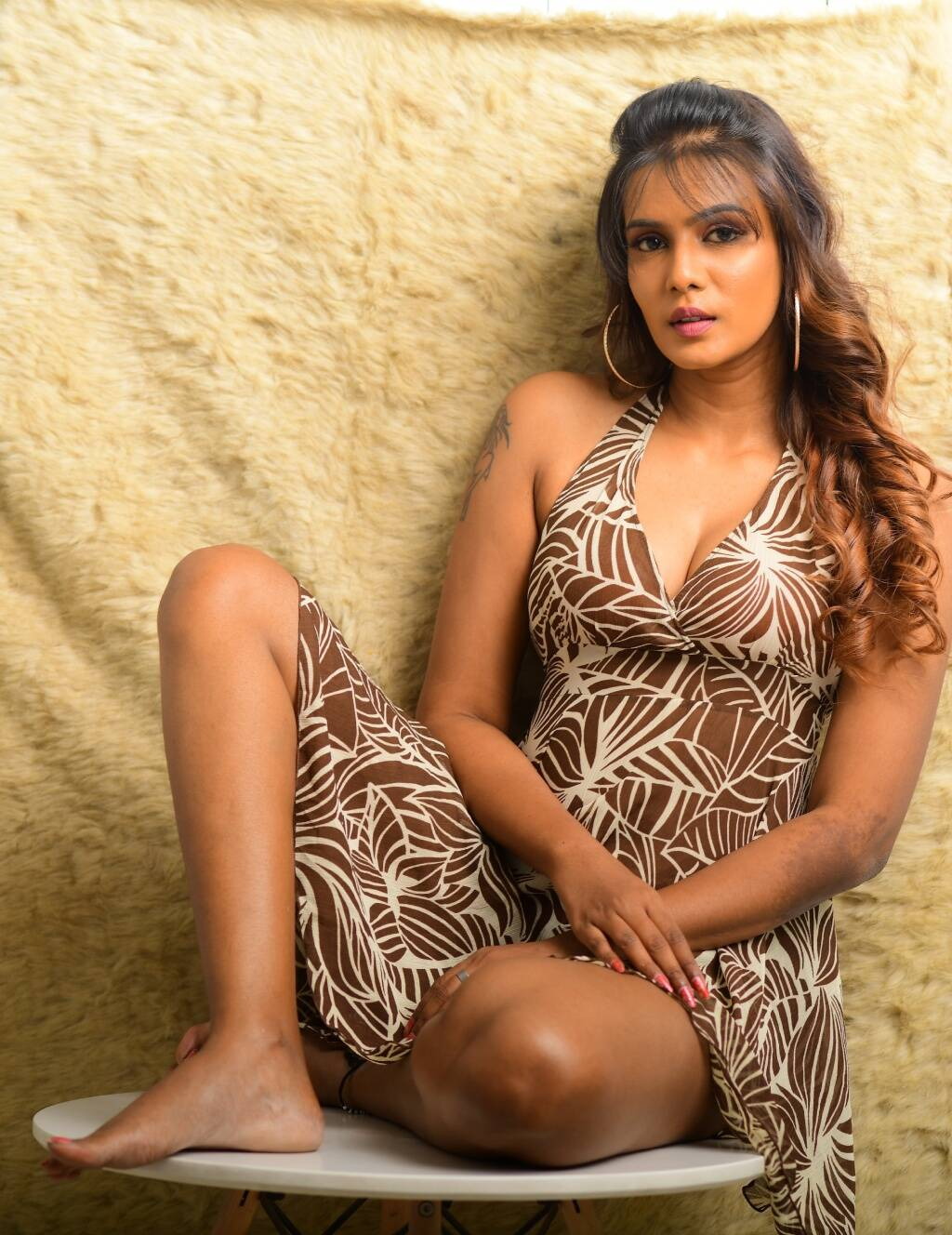 Meera Mitun social media