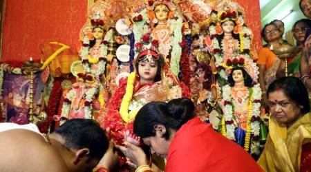 Bengal family worships four-year-old Muslim girl during the Kumari Puja ritual of Durga Puja festival, Durga Puja 2019, Kumari Puja, Navratri, Trending, pujo, kolkata news, Indian Express news